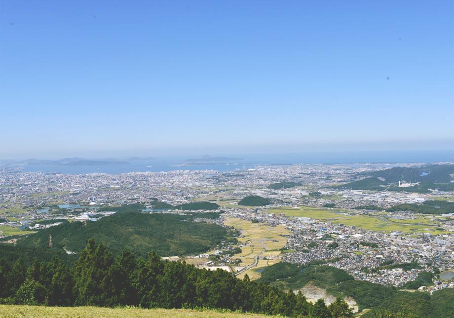 博多湾まで一望できる米の山展望台